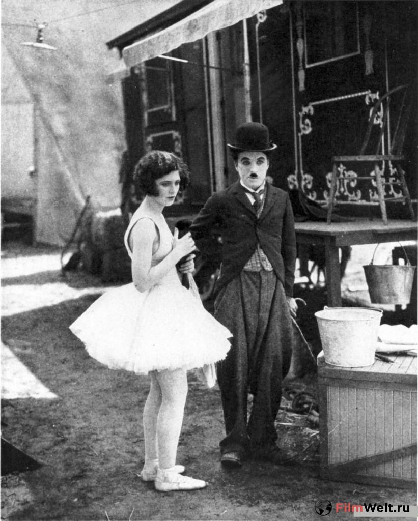 Кадры и фото со съемок фильма